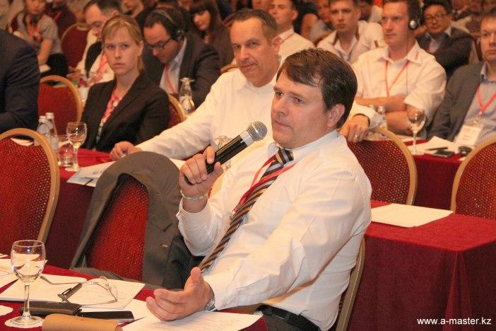 Automotive Forum-2015-10