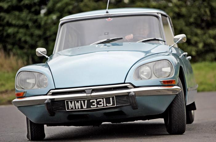 1967 Citroen DS21 front