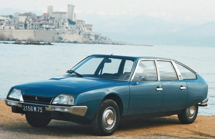 1974 Citroen CX 2000 blue front