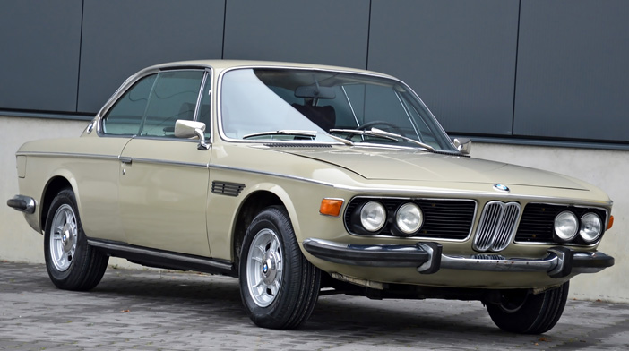 1968 BMW 2800 CS E9 biege front-angle