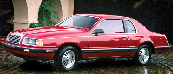 1983 Ford Thunderbird red side