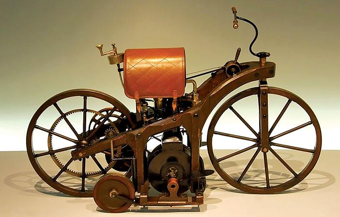 1885 Daimler Reitwagen