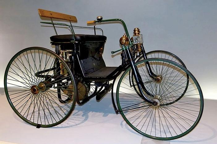 1889 Daimler Stahlradwagen