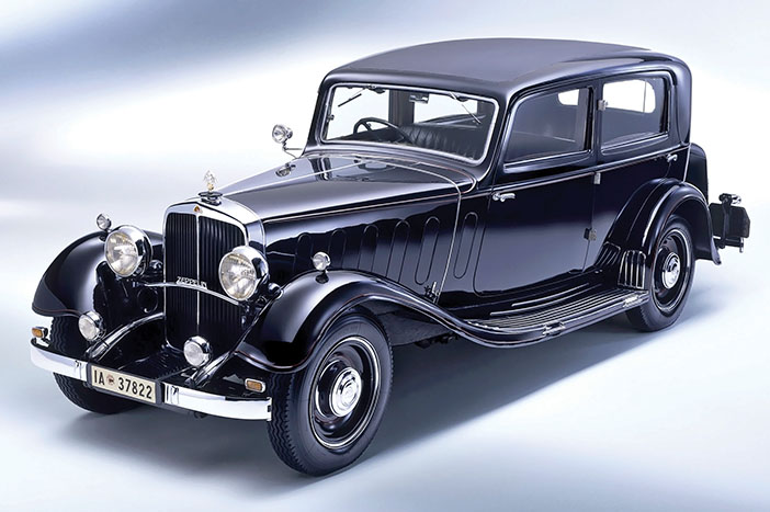 1930 Maybach Zeppelin DS7 limousine front