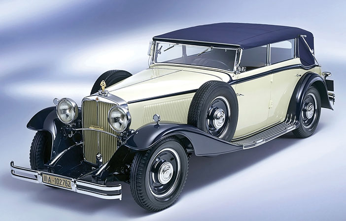 1930 Maybach Zeppelin DS8 4 door cabriolet front