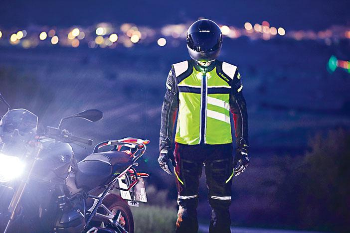 motorradbebkleidung 1 WEB